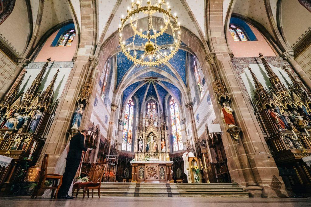 Une superbe eglise de mariage en Alsace