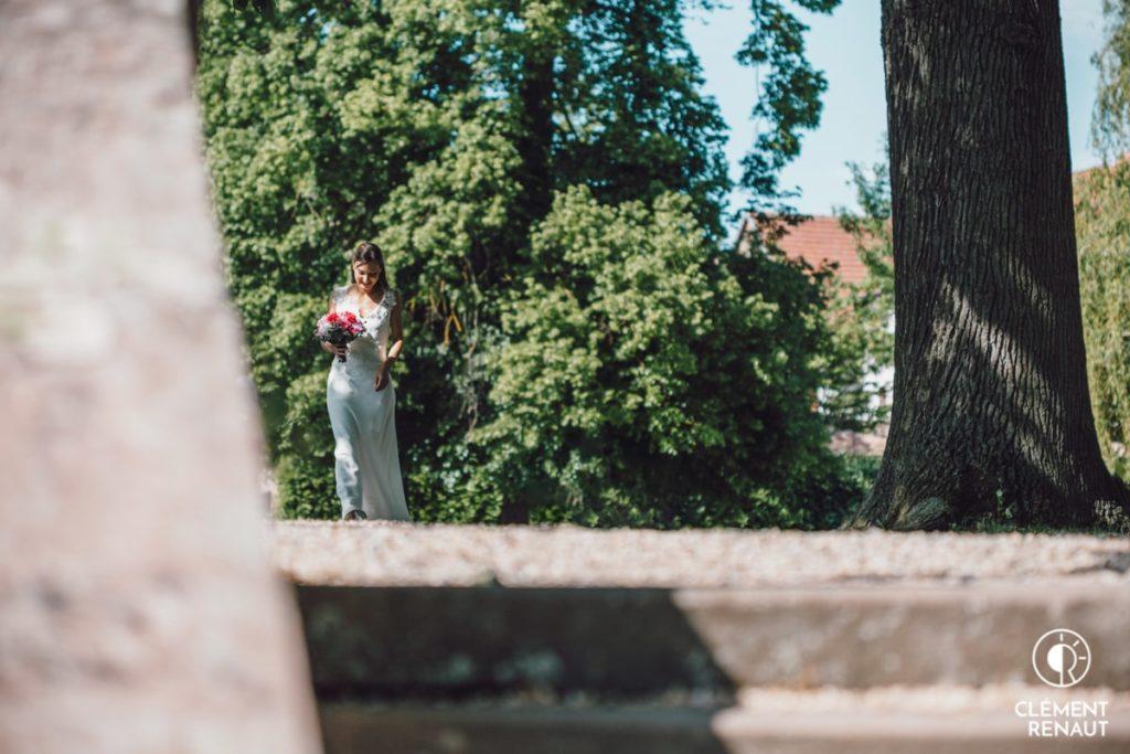 Arrivée de la mariée pour la cérémonie Laique