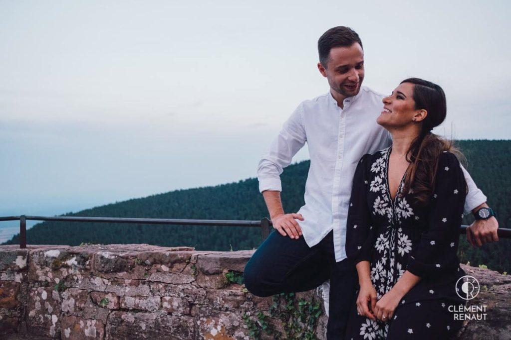 Séance de couple en Alsace au coucher du soleil
