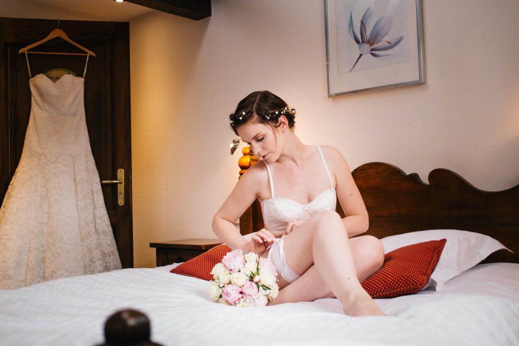 Séance photo boudoir de la mariée  -