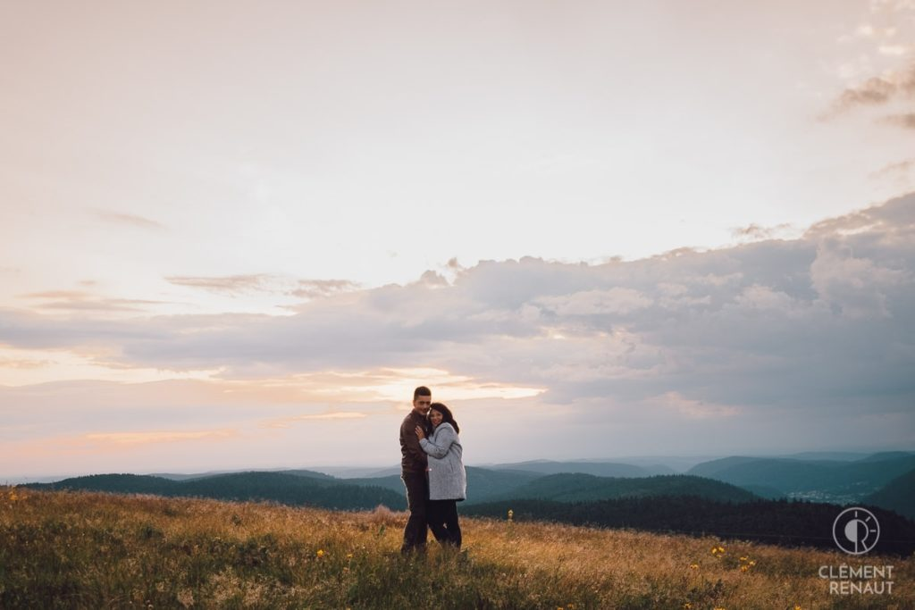 Séance photo de couple au grand air 17